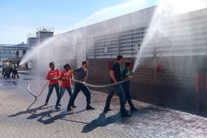 Treinamento e reciclagem da Brigada de Incêndio da Cozimax Móveis de Aço em 2018.