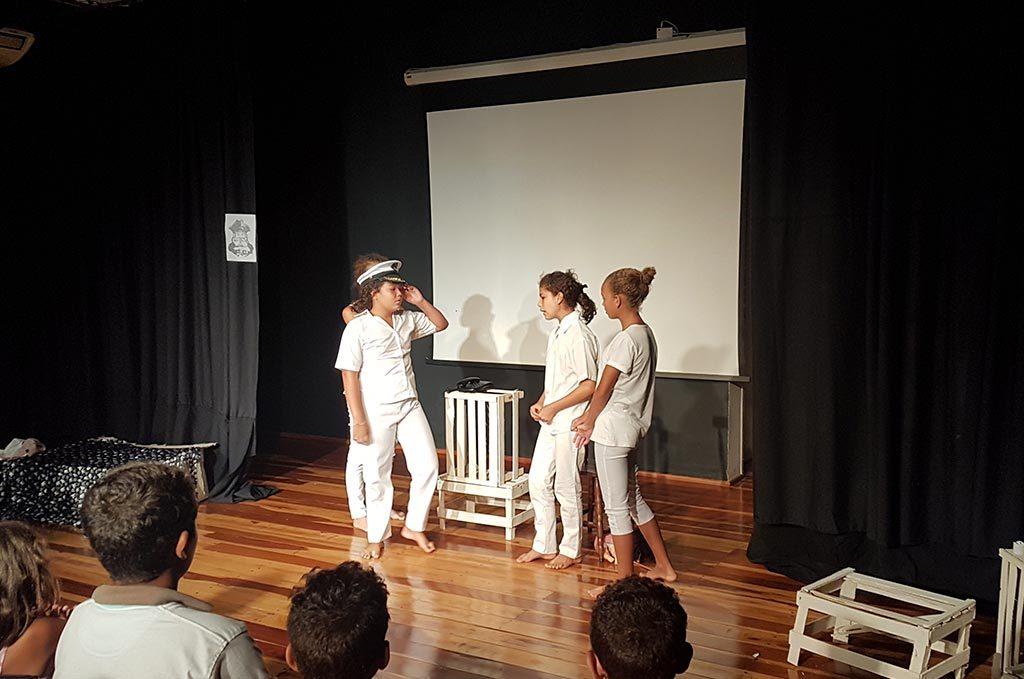 Projeto Cidadania para Todos Cozimax Teatro Infantil